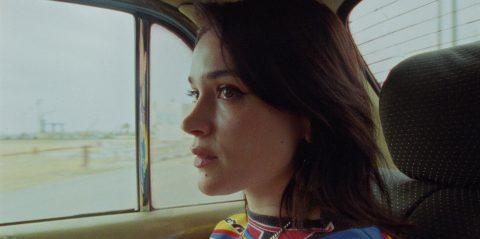 "Lolo Zouai ""Desert Rose"" - Screenshot"